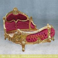 Dipan Antique Victorian Style Emas Duco