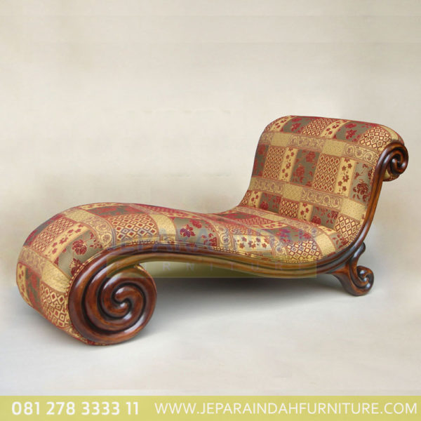 Kursi Malas Antique Lounger