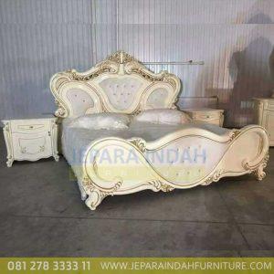 Tempat Tidur Elegant Satu Set Ukiran